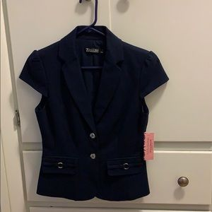 New York and company short sleeve blazer